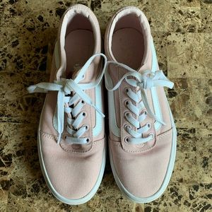 Vans Women's Ward sneakers size 8.5